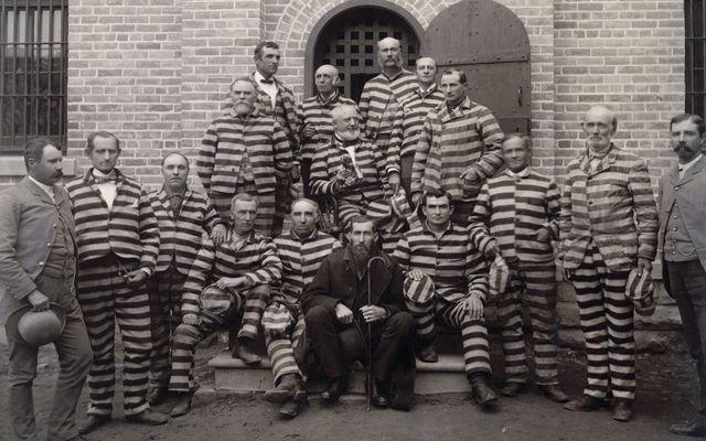 Monnik Thomas vraagt zich af: zit ik hier dan in een gevangenis zoals het woordje cel doet denken?