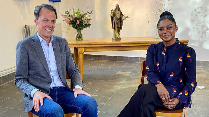 Natacha Harlequin: 'God bestaat, ik geloof en dat voelt goed'