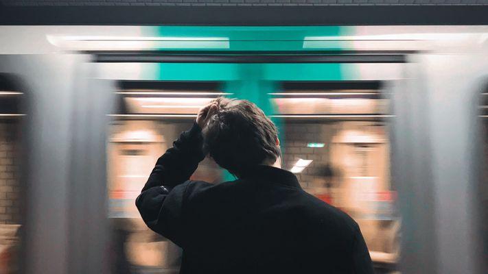 Waarom het zo lastig is om je aandacht op God te richten (en wat Abraham Kuyper daarover zegt)