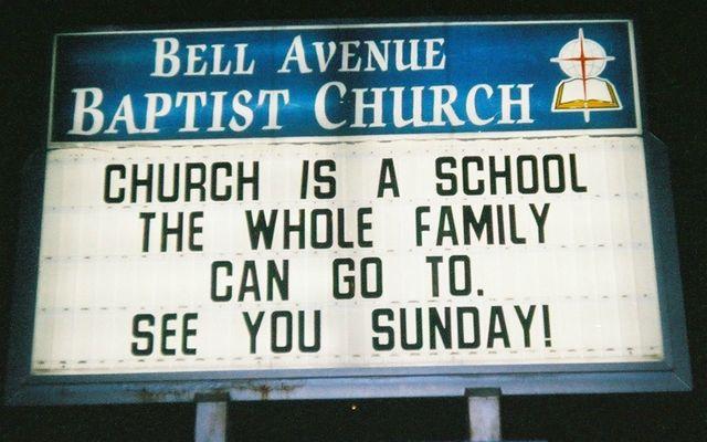 'Juist omdat de kerk zo tegen mij ingaat en ik me er vaak verveel, ga ik erheen'
