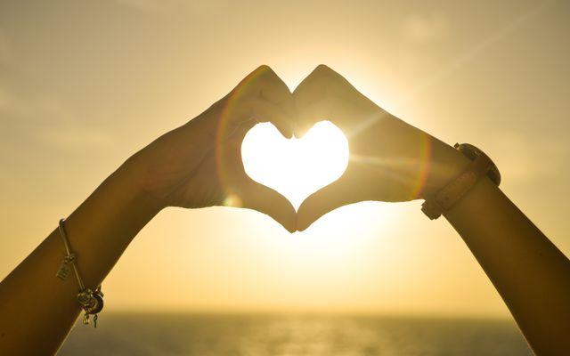 Een liefde die alles verdraagt, is dat niet hopeloos naïef?